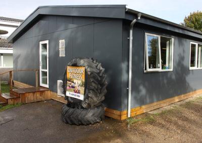 Special løsninger: Fitnesscenter, træning og motion i moduler med højt til loftet