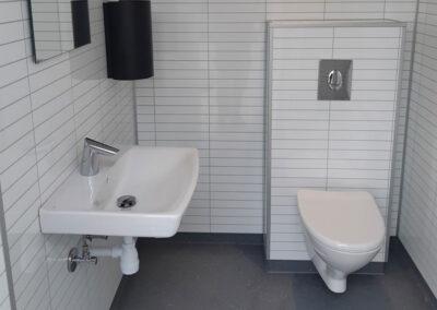 Toilet- og Sanitetsbygning – 48 m2