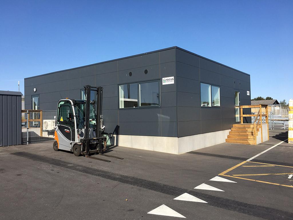Topmoderne ekspeditionskontor for en af Danmarks største byggevareproducenter : Modulbygning – 120 m2